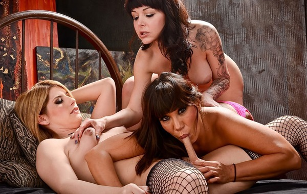 amy-daly-naughty-threesome-party